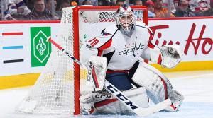 Even when dropping into butterfly, Braden Holtby keeps his chest straight up