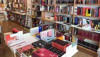 Libreros abren un abono mensual para sostener el vínculo con los ...