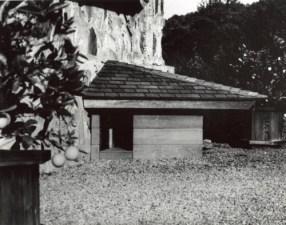 Frank Lloyd Wright, Dog's house