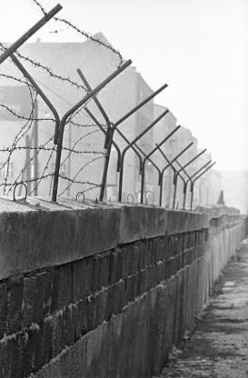 Construcción del muro de Berlín, circa 1961