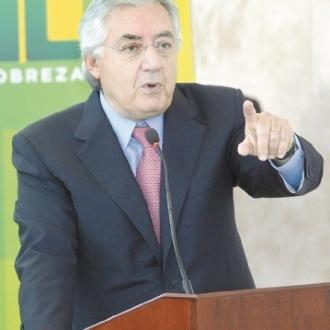 Simplificação é o primeiro passo para a Reforma Tributária Presidente do Sebrae destaca investimento para desenvolver sistemas junto à Receita Federal