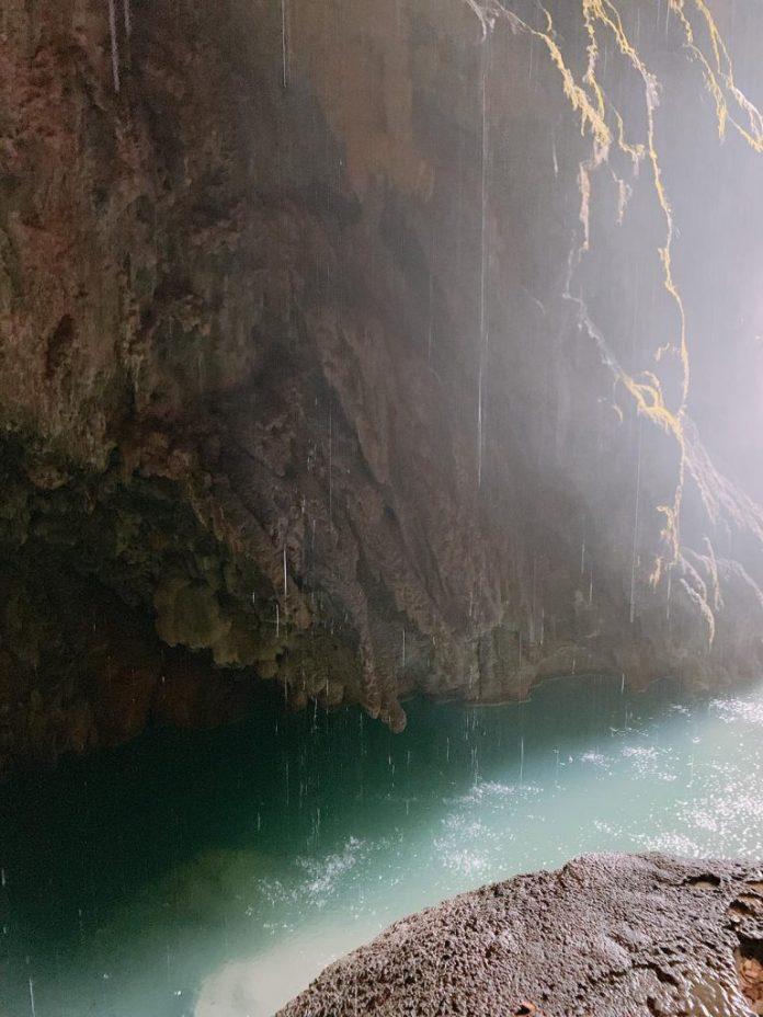 Lago cascada Monasterio Pîedra