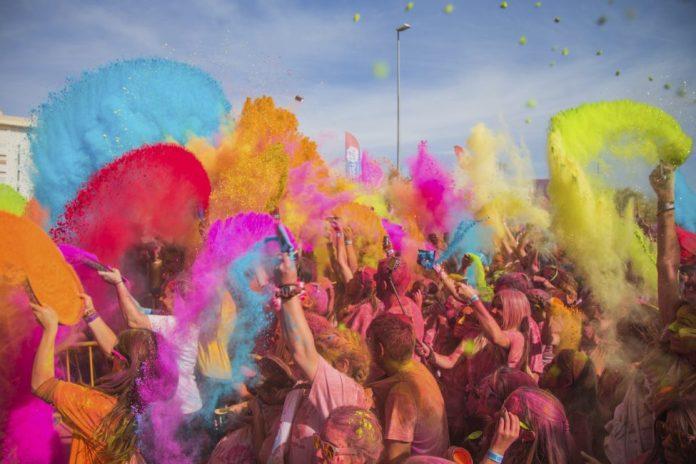 Holi Life en Zaragoza, la carrera más colorida