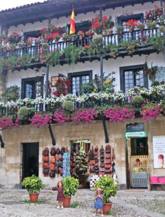 Cantabria en familia Santillana