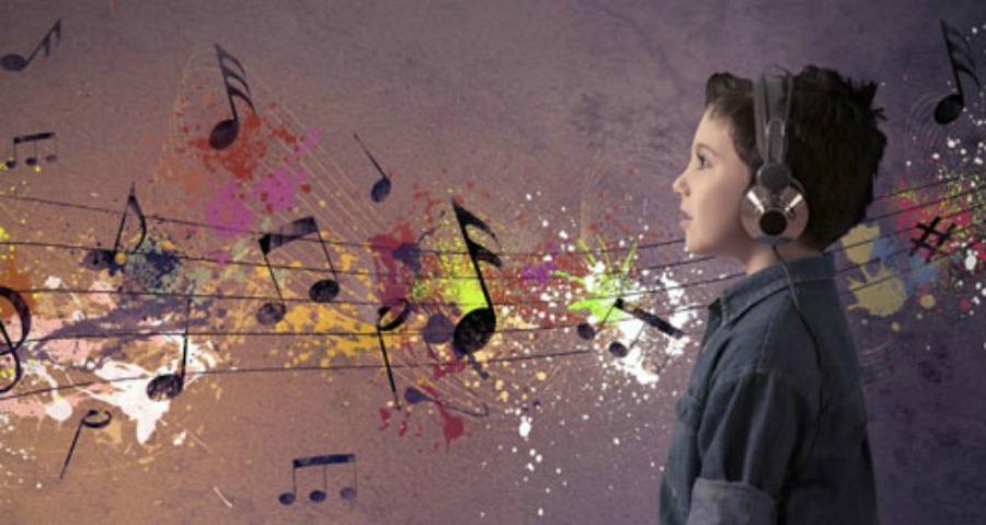 niño taller música
