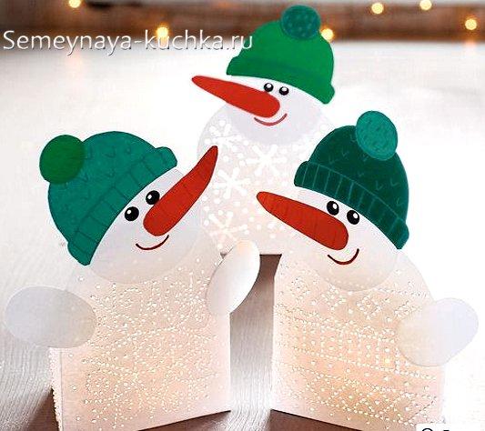 Artizanat de zăpadă de la hârtie pentru Anul Nou