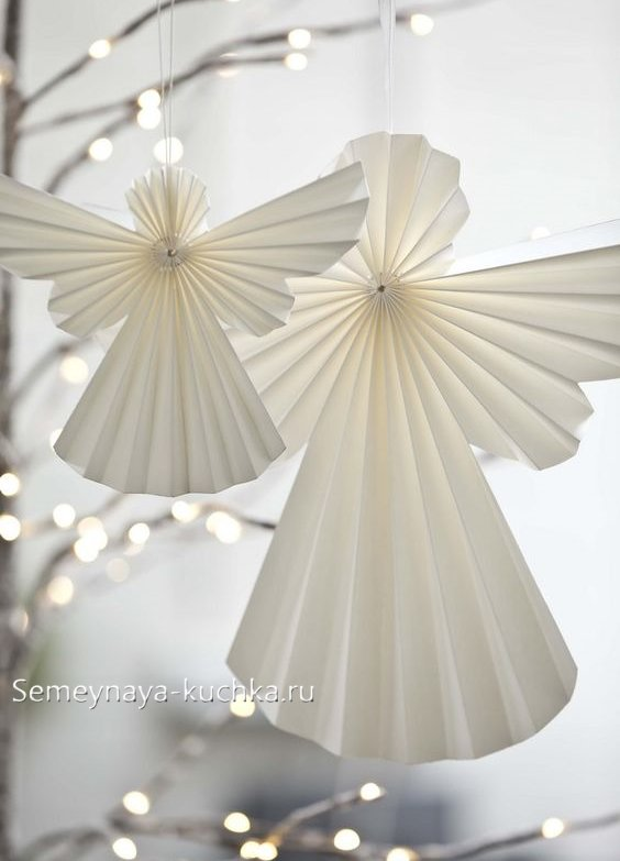 فرشته مقاله برای سال نو