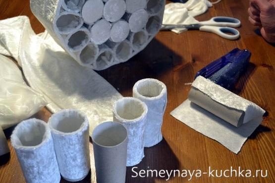 Làm thế nào để làm một người tuyết giấy