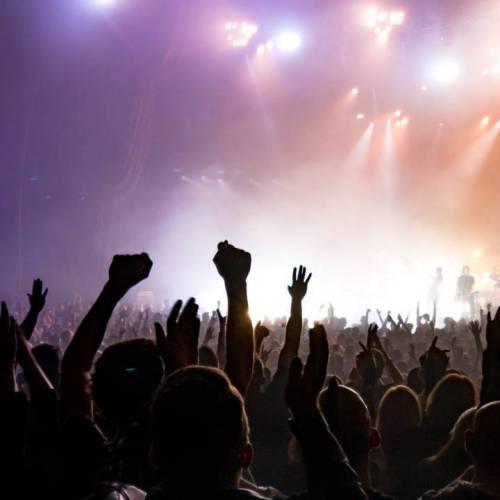 International Music Award - Crowd dancing