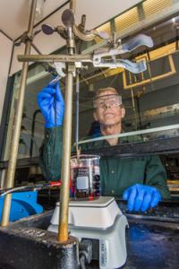 Sandia National Laboratories has developed a single electroforming technique for nanowire applications. (Source: Sandia)