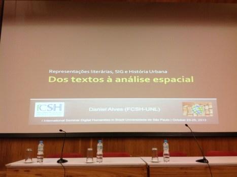 24/10. Slides de Daniel Alves, Mesa dos Historiadores. Foto: Dália Guerreiro.