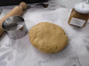 Biscotti alla cannella ripieni