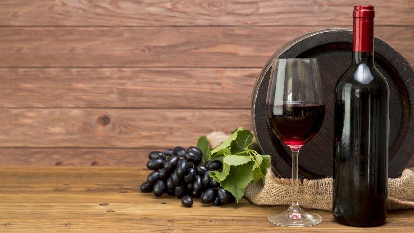 I migliori vini rossi piemontesi da regalare
