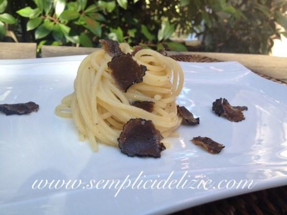 Spaghetti Tartufo Nero
