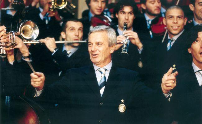 Gigi Simoni S Family Thank Inter Supporters For Banner