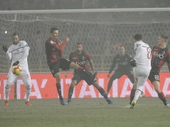BOLOGNA, ITALY - DECEMBER 18: Jesus Suso of AC Milan kicks towards the goal during the Serie A match between Bologna FC and AC Milan at Stadio Renato Dall'Ara on December 18, 2018 in Bologna, Italy. (Photo by Mario Carlini / Iguana Press/Getty Images)