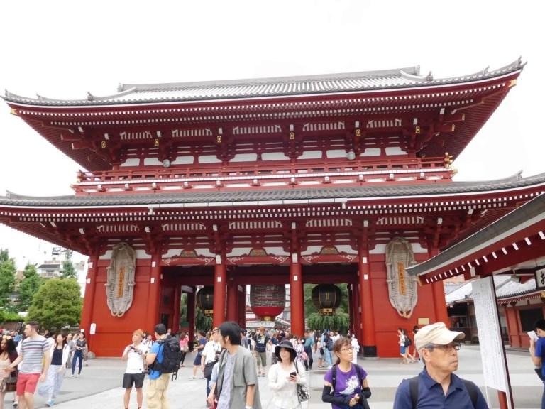 Tempio rosso dell'antica Tokyo