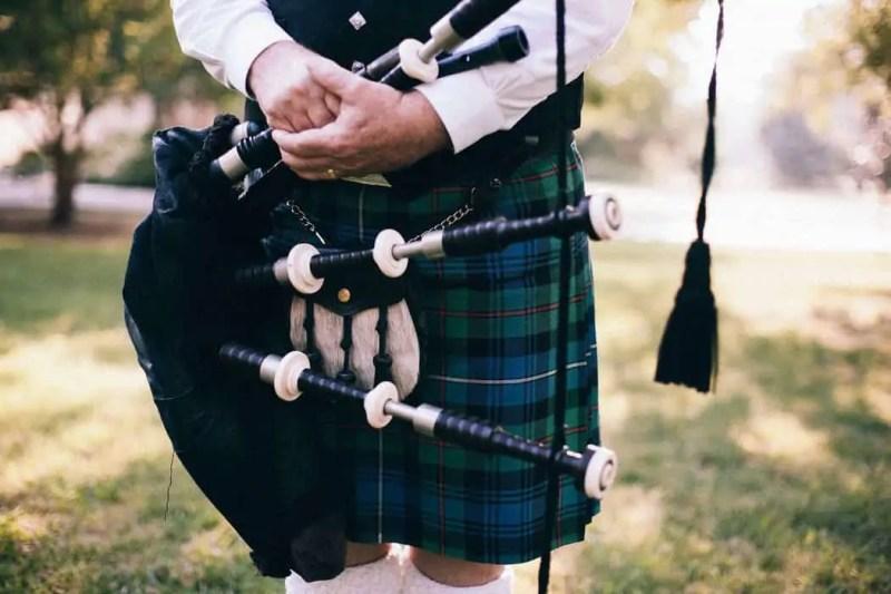 I simboli della Scozia kilt e cornamusa