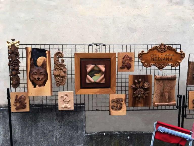 Sculture-legno-fiera-Bussolegno