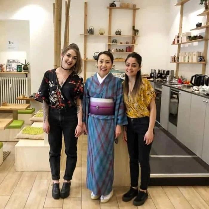 Kintsugi tea&cakes Francesca Alessio con Kayo Hoshino e Martina Carvelli