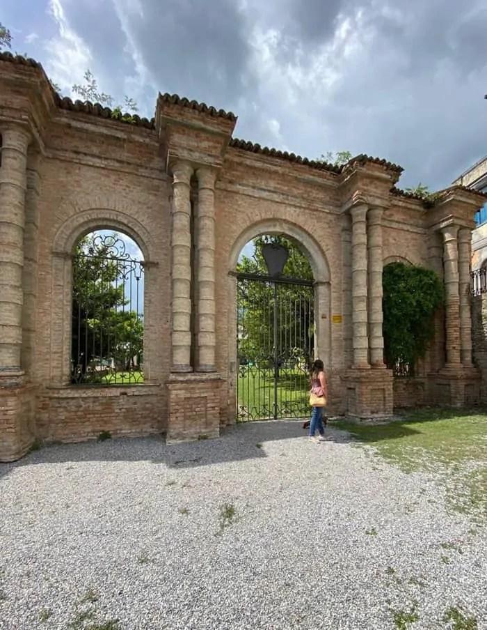 Giardini dei Conti di Castelborgo a Neive