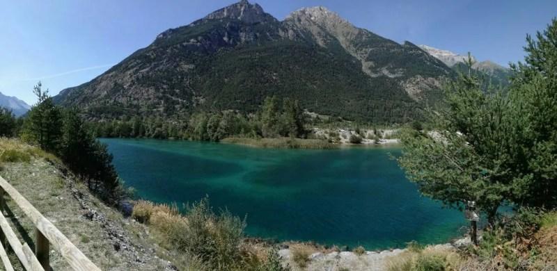 Lago di Orfù paesaggio
