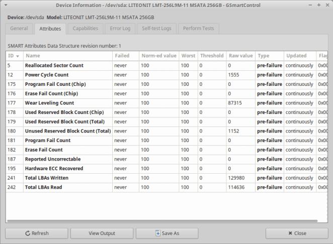 Você também pode ver os dados brutos fornecidos pelo smartctl e salvá-lo em um arquivo .txt.