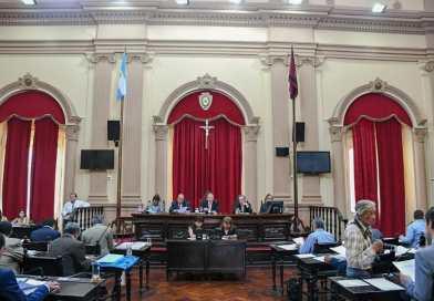 El Senado suspende por 180 días los incrementos sobre las remuneraciones mensuales de Senadores, secretarios y personal político
