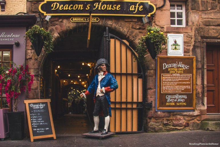 5 amazing things to do in Edinburgh, Cafes, The Royal Mile, Scotland, UK - Travel Blog 4