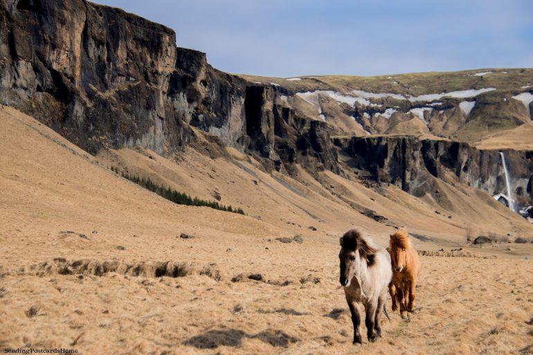 18 Breathtaking Photos of Raw Iceland 11