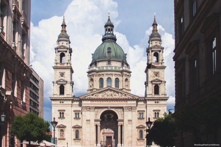 weekend getaway guide to Budapest - St. Stephen basilica