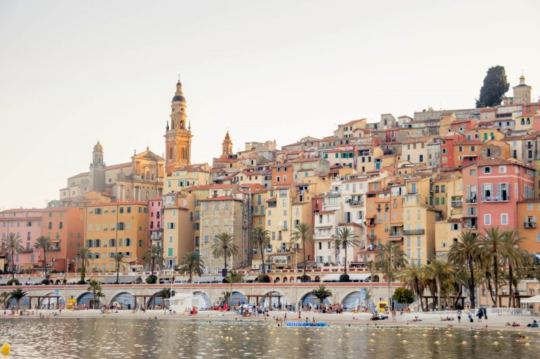 Travel guide for the French Riviera, Menton, Côte d'Azur 2