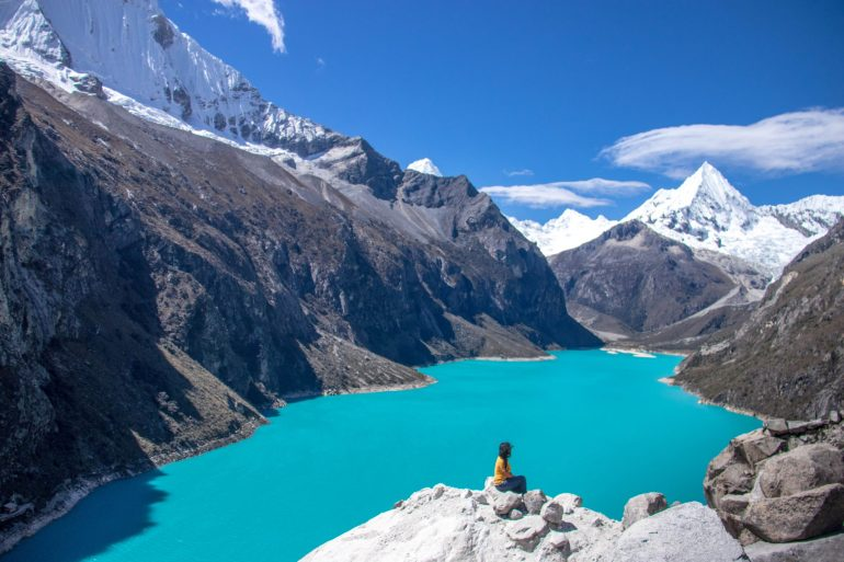 Hiking Laguna Paron, glacial lake
