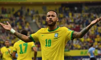Coupe du monde (qualif): en feu, Neymar éloigne les critiques