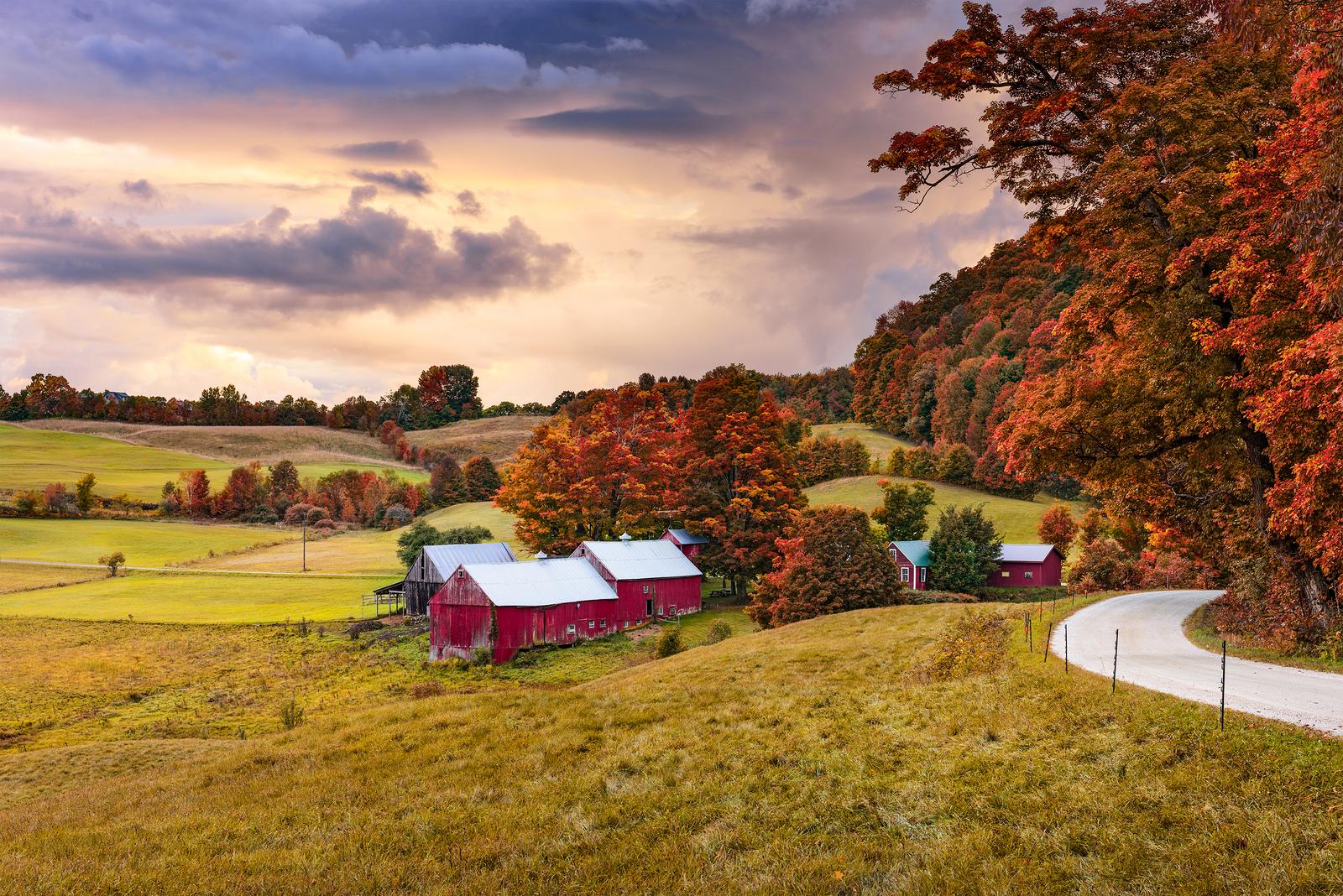 Vermont Fall Farm Wallpaper Seneca Farms Penn Yan Ny American Restaurant And Ice