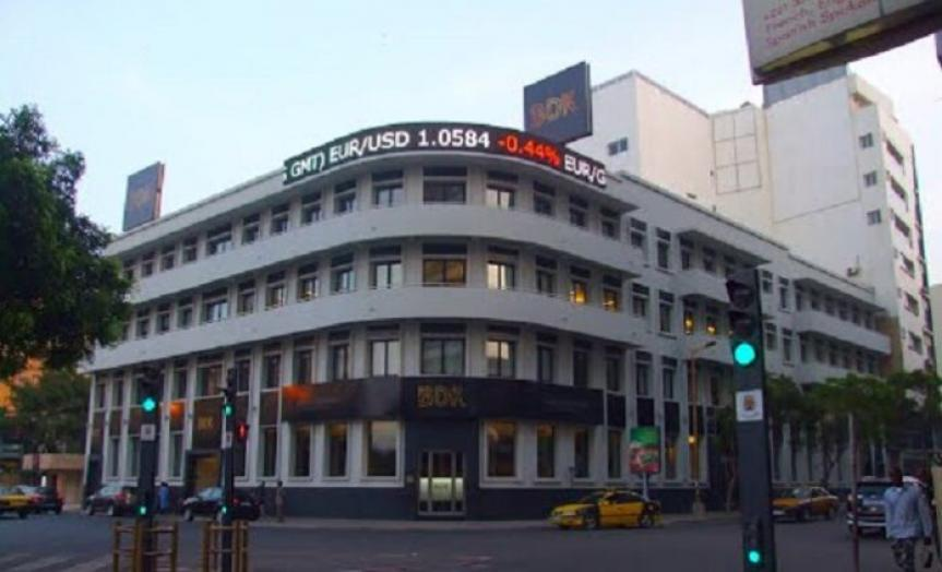 Banque De Dakar (BDK): trois Sénégalais et cinq Nigérians volent plusieurs millions