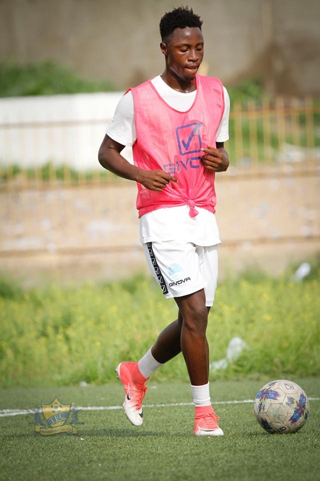 71001570 1437122213105409 188656575915753472 n - Ligue 1: L'équipe de Dabo, Teungueth FC prépare déjà la saison (Photo)