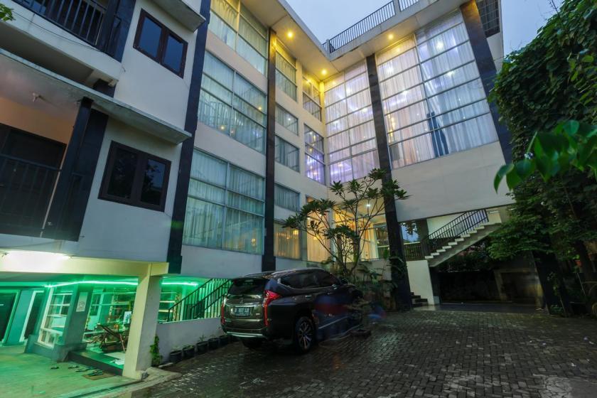 Hotel Ampera Raya di Jakarta