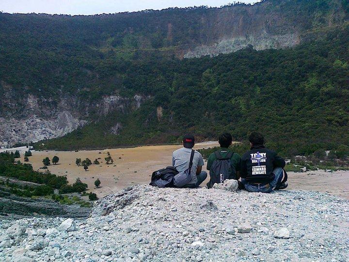Kawah Upas - Gunung Tangkuban Perahu