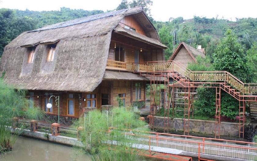 Kampung Pa'go Resort Ciwidey Bandung