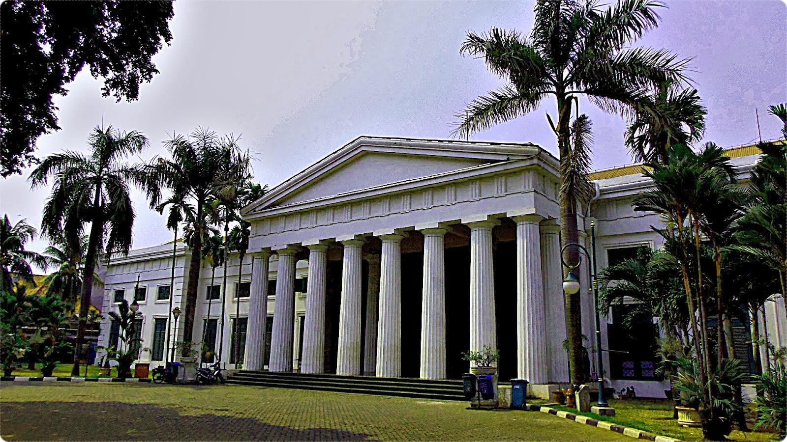 Museum Seni Rupa dan Keramik - Kota Tua Jakarta