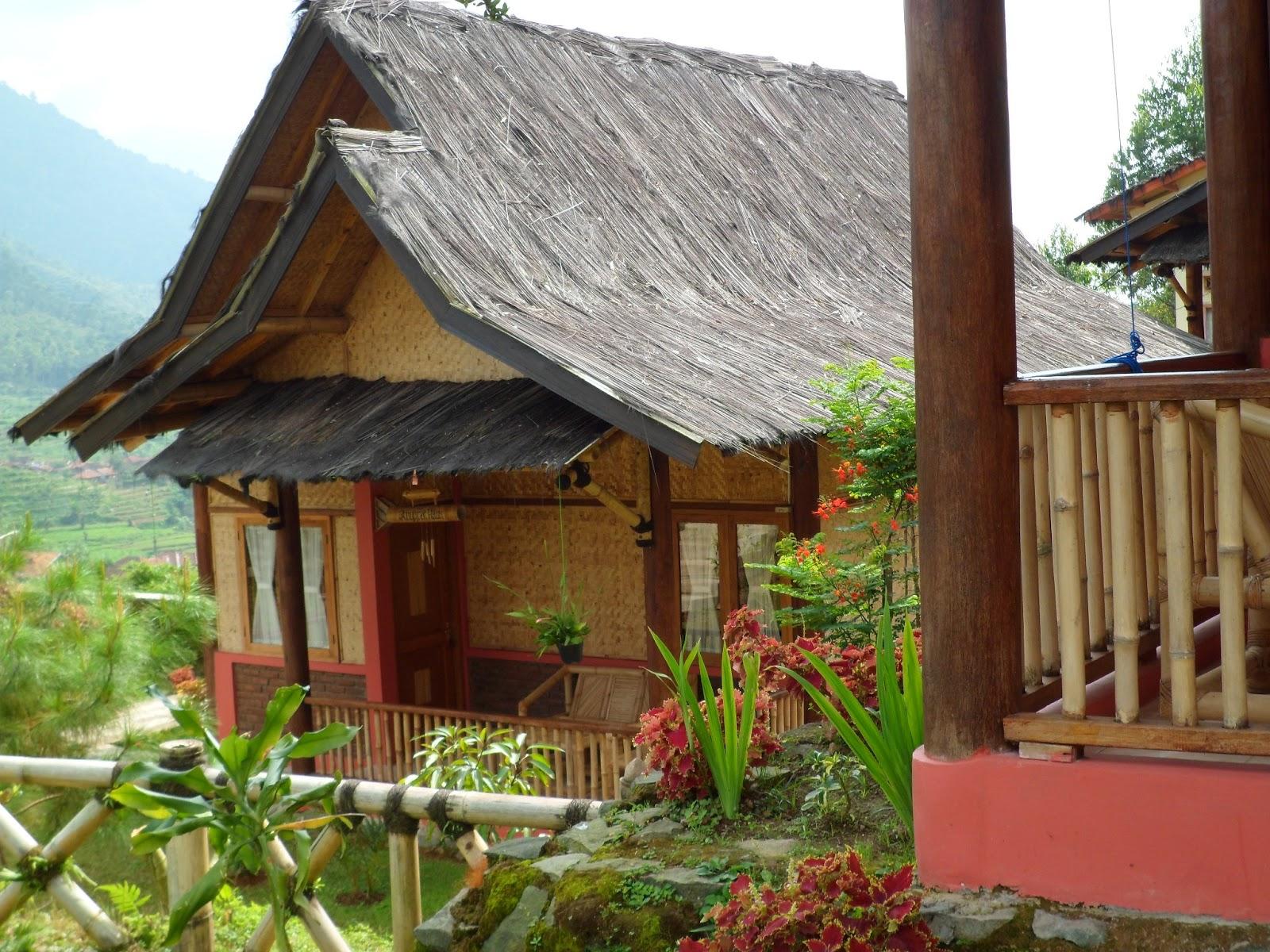 Saung Gawir Ciwidey Bandung