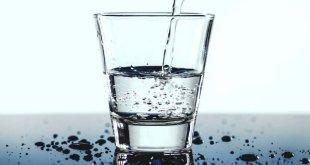 Vier Mineralwasser-Tricks für den Alltag