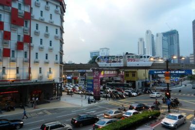 Kolejka naziemna w Kuala Lumpur w Malezji