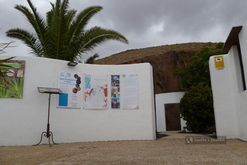 Wejście do dom Omara Shariffa