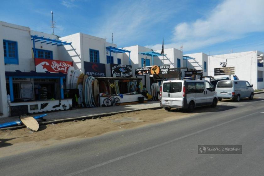 Lanzarote - Caleta de Famara - główna ulica