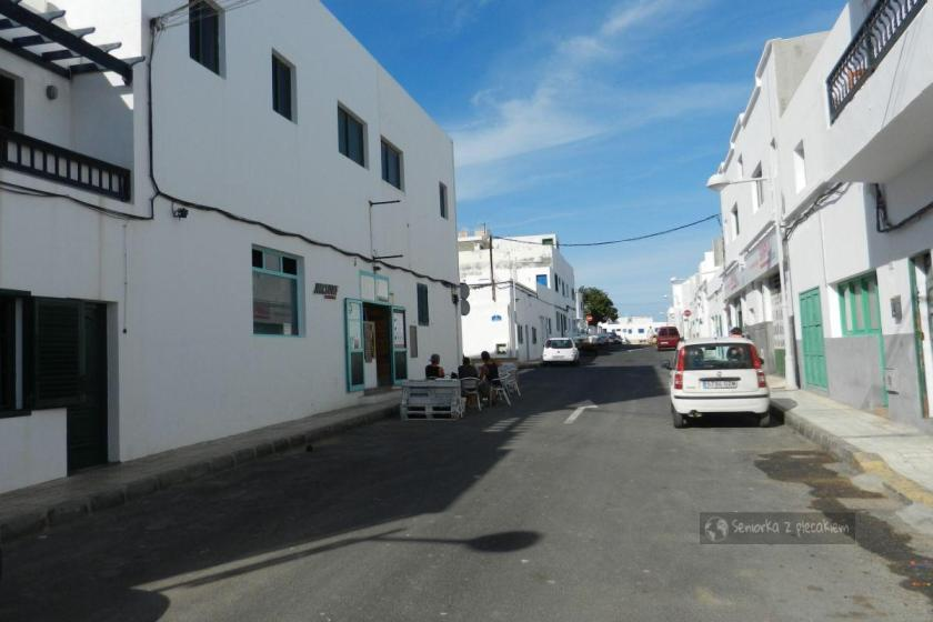 Bar w Caleta de Famara na Lanzarote