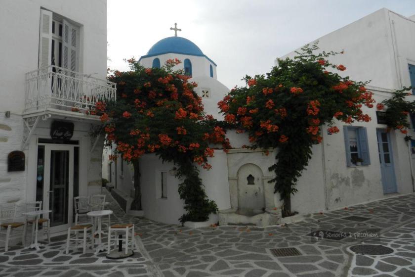 Dzielnica wąskich uliczek na Paros