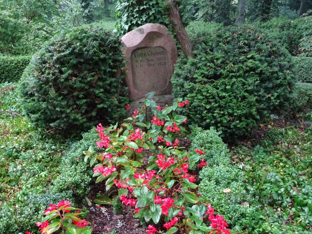 Ogród Botaniczny W Wojsławicach Seniorka Z Plecakiem