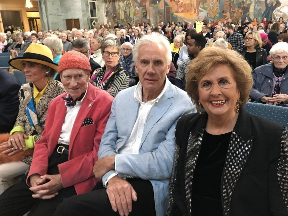 Kona, Olav Thon, Knut Chr. Høvik og Dreveland